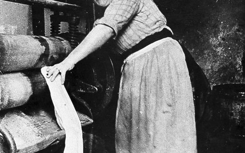 A washer woman/ laundry worker, date unknown, between 1880-1914