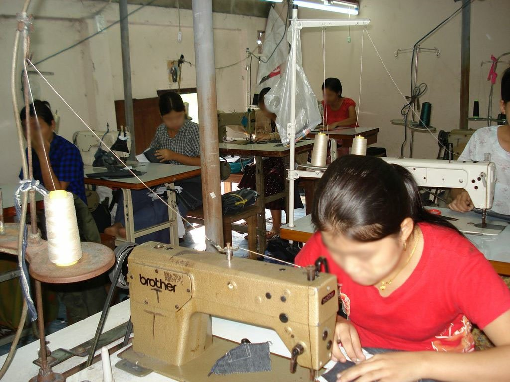 Thailand's Hidden Workforce: Burmese Women Factory Workers. LONDON: Zed Books.